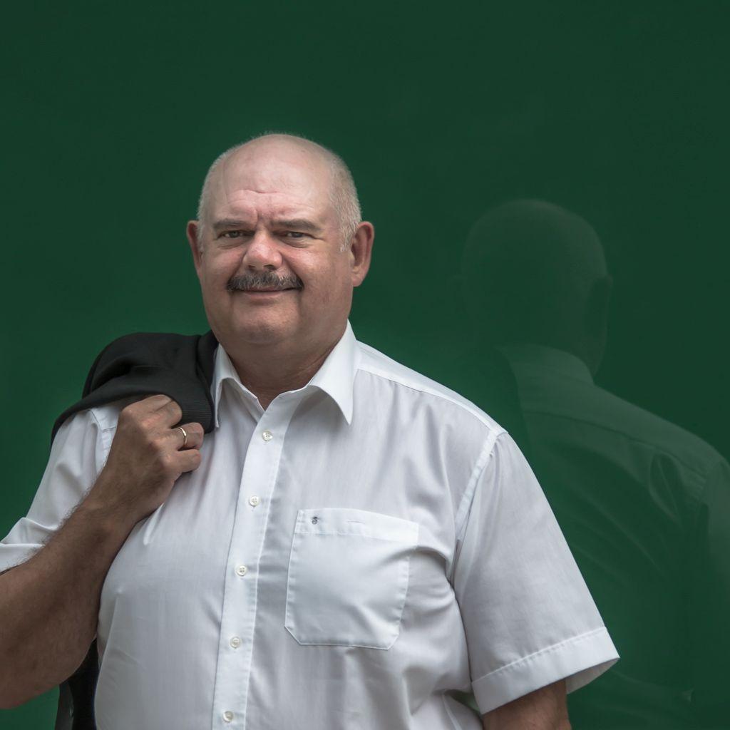 Armin Mutscheller, Graduate Translator 1